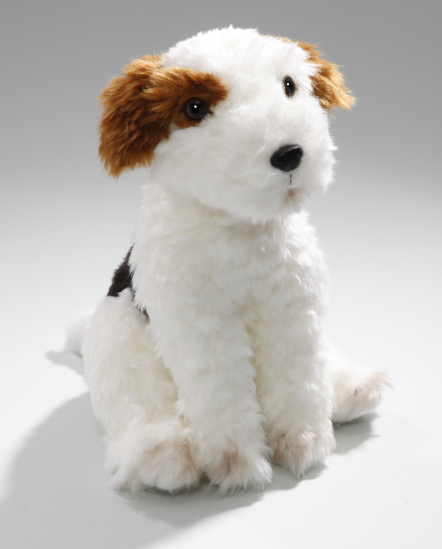 Fox Terrier sitting
